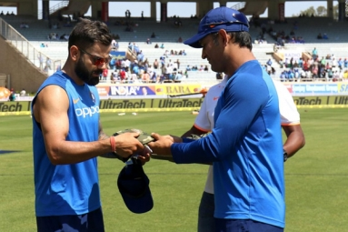India Vs Australia: Team India Wear Army caps As a Mark of Respect